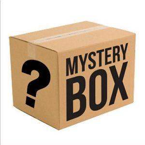Name Brand Women Reseller Mystery Box $200 Value